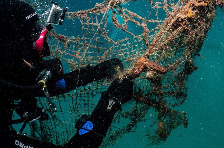 Healthy Seas spooknetten recyclen sokken Care4Circulair Modulo Milieustraten